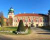 Zamek w Łańcucie jest uważany za jeden z najpiękniejszych zamków w Polsce. Dlatego jest on jedną z głównych atrakcji wycieczki jednodniowej Kolej Na Łańcut po Województwie Podkarpackim.