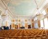 A to już sala koncertowa zamku w Łańcucie w całej okazałości. Wnętrza zamku zwiedzamy z miejscowymi przewodnikami podczas wycieczki jednodniowej Kolej Na Łańcut.