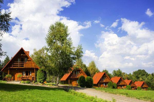 WEREMIEŃ - Lesko Ski, czyli domki, pensjonat, restauracja i wyciąg narciarski w okolicach Leska.