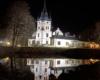 Olszanica Pałac nocą - jedna z atrakcji przy Wielkiej Obwodnicy Bieszczadzkiej.