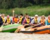 Radość turystów podczas wycieczki jednodniowej - spływu pontonami po rzece San w Bieszczadach jest niepowtarzalna. Zapraszamy na stronę organizatora spływów pontonami www.BieszczadyAktywnie.pl