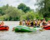 Zielony czy pomarańczowy ponton - nie ważny kolor, ale radość i niepowtarzalna atrakcja jaką jest spływ pontonami po rzece San w Bieszczadach.