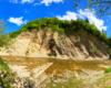 Skały w Zawadce Rymanowskiej w całej okazałości - atrakcja położona jest nad rzeką Wisłok w Beskidzie Niskim.