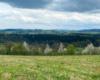 Widok na Czaszyn, Brzozowie, Tarnawę oraz dolinę rzeki Osława, która jest granicą zachodnią Bieszczad.
