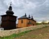 Dzwonnica przy cerkwi w Morochowie jest dopiero od 2000 roku. Wcześniej dzwony można było usłyszeć w wieży znajdującej się nad przedsionkiem = wejściem do cerkwi.