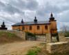 Zachęcamy wybrać się na wycieczkę jednodniową na Szlak Ikon Doliny Rzeki Osława, na którym musicie zobaczyć cerkiew w Morochowie.
