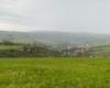 Nad miejscowość Mokre przyszła chmura z deszczem i zrobiło się mokro ;-) Ale i tak jest pięknie na pograniczu Bieszczad i Beskidu Niskiego.