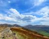 Chmury i pogoda na szlaku w Bieszczadzkim Parku Narodowym, a dokładnie podczas wycieczki jednodniowej po Bieszczadach z Mucznego na Bukowe Berdo, skąd można pójść na Tarnicę, do Wołosatego, czy do Ustrzyk Górnych.