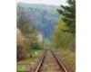 Tory w stronę Komańczy na lini kolejowej 107 w miejscowości Mokre, czyli na pograniczu Bieszczad i Beskidu Niskiego.