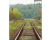 Linia kolejowa 107 prowadząca z Zagórza do Szczawnego, Komańczy i na Słowację w Mokrem. To miejscowość położona granicy między Bieszczadami, a Beskidem Niskim.