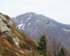 Widok ze zboczy Bukowego Berda na Krzemień w Bieszczadzkim Parku Narodowym. Wycieczkę jednodniową zorganizowaliśmy 10 maja, a w niektórych miejscach jeszcze zalega śnieg...