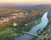 Przez Lesko każdy turysta musi przejechać jadąc na wycieczkę i zwiedzając Bieszczady, a może warto poznać jego atrakcje i zabytki?