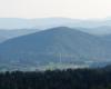 Te 2 przekaźniki są w Myczkowcach obok Caritas.  Więc rozpoznajecie co to za góra i co u jej podnóża się znajduje?