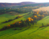 Kolory jesieni na drzewach - to najpiękniejsza pora roku na pograniczu Bieszczad i Beskidu Niskiego - zdjęcia wykonaliśmy podczas lotu paralotnią.