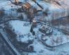 Część Turzańska z główną atrakcją miejscowości jaką jest drewniana cerkiew wpisana na Listę Światowego Dziedzictwa UNESCO - zdjęcia wykonane podczas lotu paralotnią nad Bieszczadami - to też doskonały pomysł na wycieczkę jednodniową po Województwie Podkarpackim...