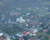 Baligród - zdjęcie wykonane podczas lotu paralotnią nad Bieszczadami, aby podziwiać niepowtarzalne atrakcje i widoki Województwa Podkarpackiego.