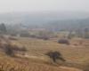 Dolina rzeki Osława z torami bieszczadzkiej kolejki leśnej, którymi ciuchcia jeździła od lat 50-tych XX wieku.
