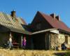 Najbardziej lubiliśmy wędrować do schroniska Chatka Puchatka w październiku i listopadzie, gdy po Bieszczadzkim Parku Narodowym chodziło już mniej turystów... - 11 październik 2006.