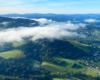 Mgła nad górą Żukowiec 502m i widok w stronę Zalewu Solińskiego z Bóbrki.