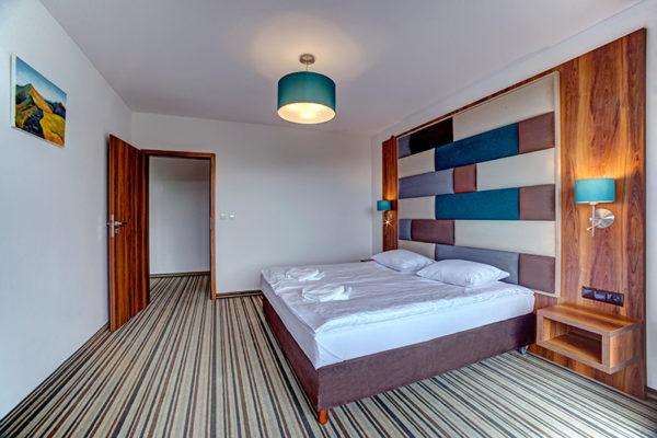 Hotel SOLINA RESORT w Polańczyku na brzegu Zalewu Solińskiego z pięknym widokiem i nowymi pokojami.